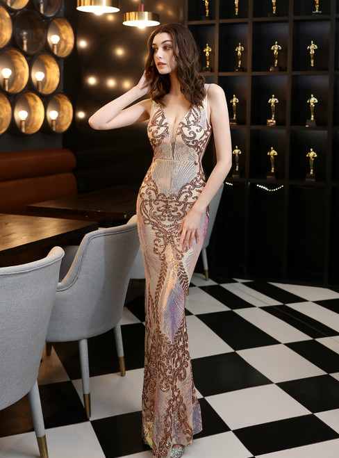 Wear a Classic In Stock:Ship in 48 Hours Gold Mermaid Sequins V-neck Prom Dress