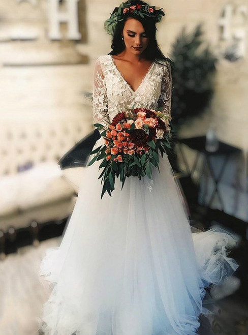 Custom Tailored White Tulle Appliques Long Sleeve V-neck Backless Wedding Dress