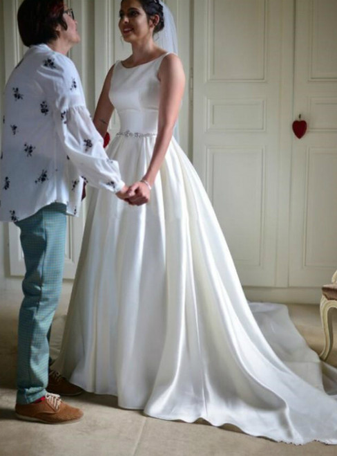 You Can Be The Star White Satin Bateau Neck Backless Crystal Beading Wedding Dress