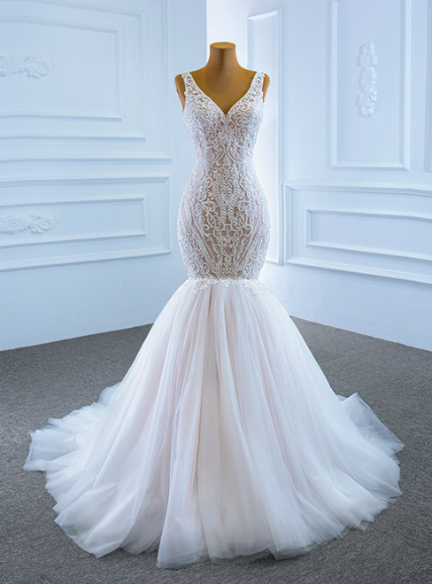 Largest Sexy White Mermaid Tulle V-neck Appliques Formal Wedding Dress