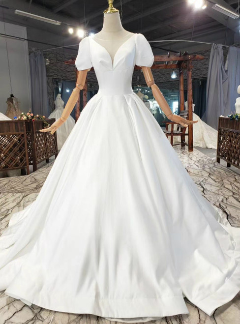 Simple White Satin Puff Sleeve Backless Pleats Wedding Dress