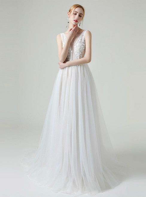 Champagne Tulle V-neck Backless Appliques Beading Sequins Wedding Dress