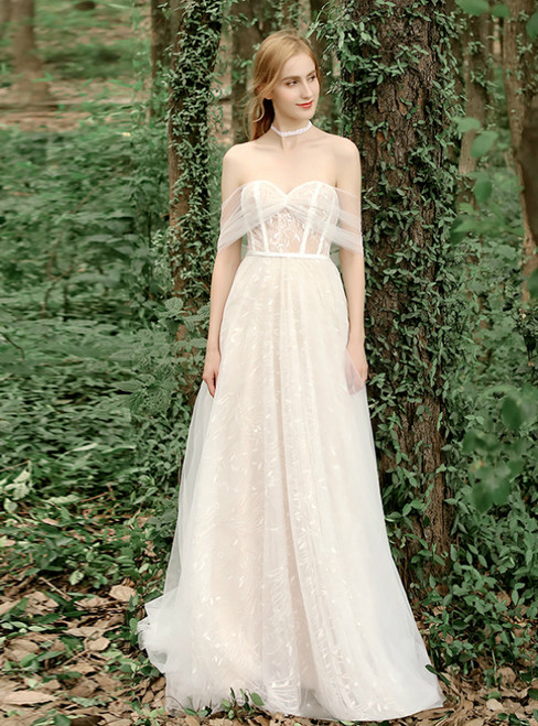 Simple Champagne Tulle Lace Sweetheart Wedding Dress