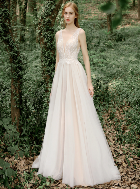 Lovely Champagne Tulle Sequins V-neck Backless Wedding Dress
