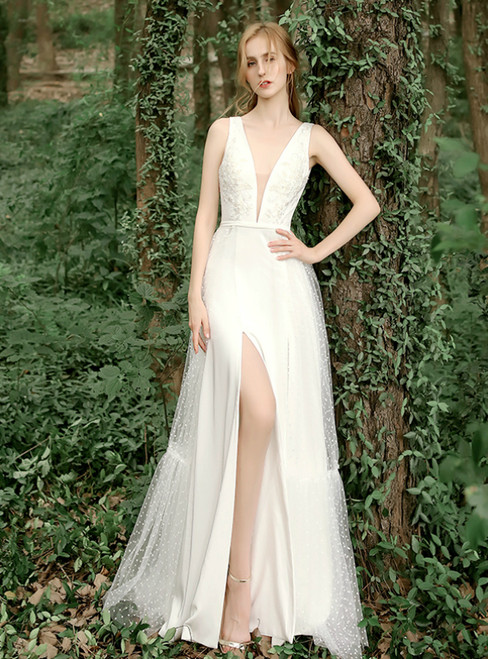 Sweet White Tulle V-neck Point Backless Floor Length Wedding Dress