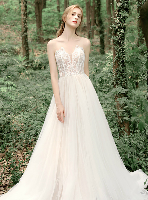 Casual Champagne Tulle Appliques Sweetheart Wedding Dress