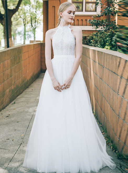 A-Line White Tulle Lace Halter Sleeveless Wedding Dress