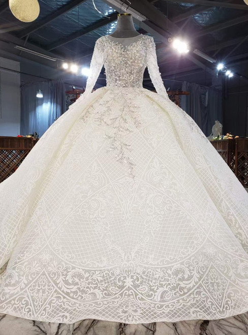 Ivory Tulle Lace Appliques Beading Wedding With Long Train