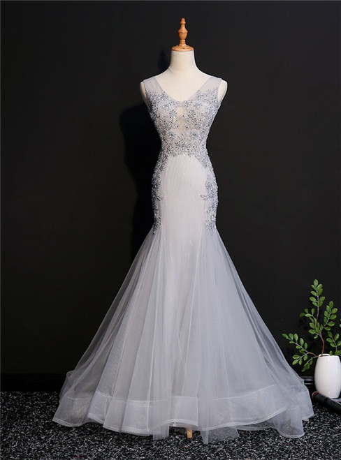 Light Gray Mermaid Tulle V-neck Appliques Beading Prom Dress