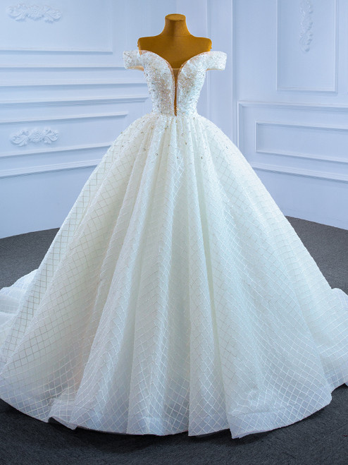 White Ball Gown Tulle Pearls Crystal Wedding Dress