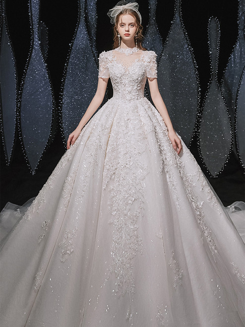 White Tulle Appliques Beading Backless Wedding Dress