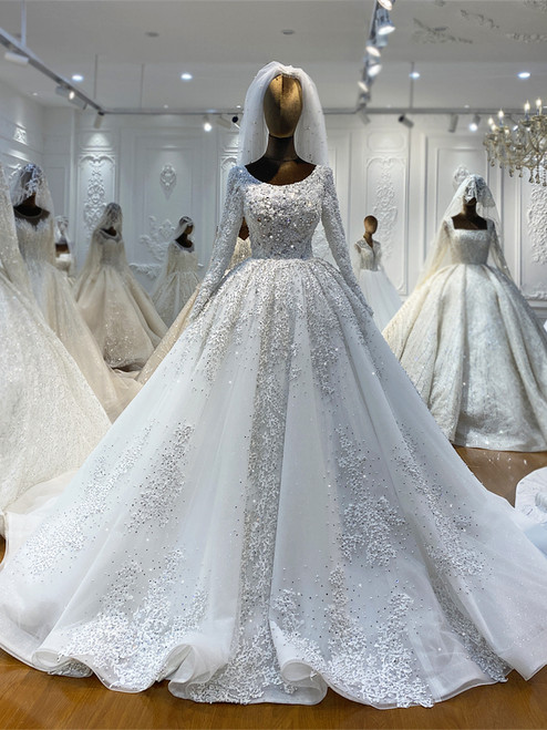 White Tulle Appliques Beading Pearls Wedding Dress