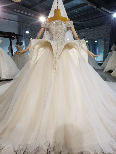 Tulle Spaghetti Straps Beading Pearls Wedding Dress