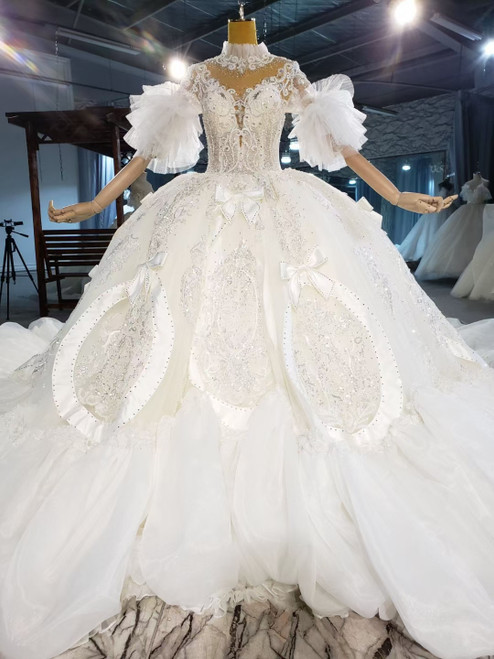 Short Sleeve Tulle Backless Appliques Beading Wedding Dress