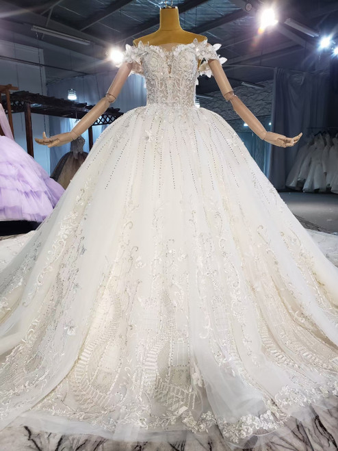 Tulle Sequins Appliques Beading Wedding Dress With Train
