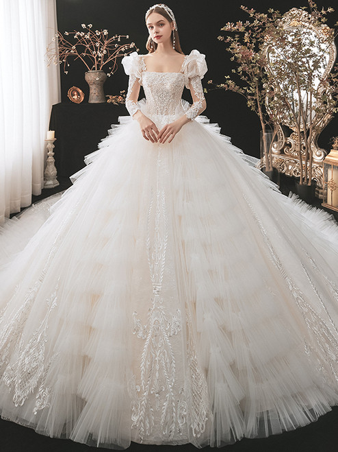 Tulle Tiers Square Appliques Beading Wedding Dress