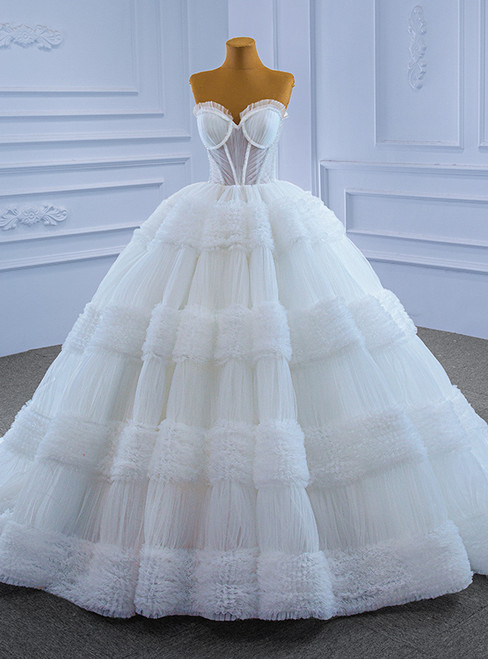 White Ball Gown Tulle Pleats Sweetheart Beading Wedding Dress