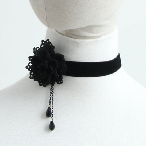 Cheap Flower Choker Velvet Necklace