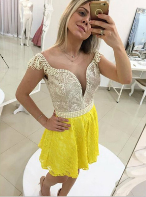 2017 Short A-line Cap Sleeves Backless V-Neck Pearls Short/Mini Homecoming Dress