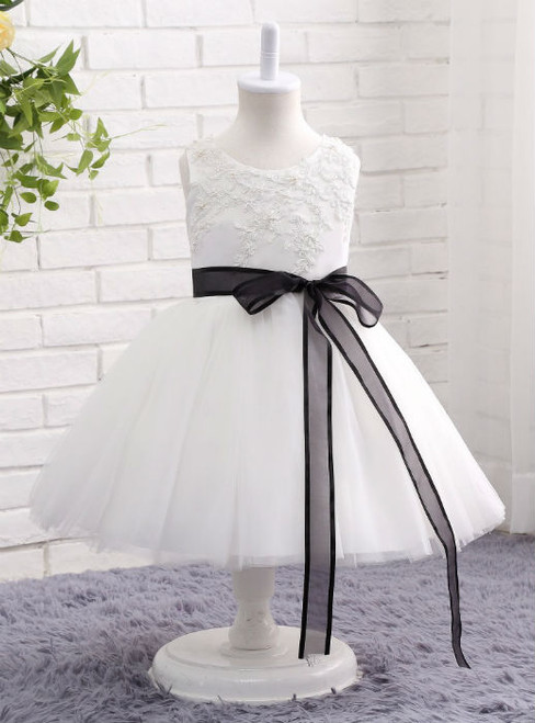Modern White / Ivory Flower Girl Dress  2017 Lace Beading Ball Gown Kids Evening Gown