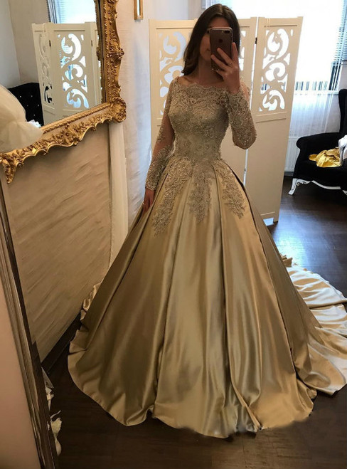 Classic Boat Neck Lace Corset Satin Ball Gown Wedding Dress Bridal Gowns Long Sleeves