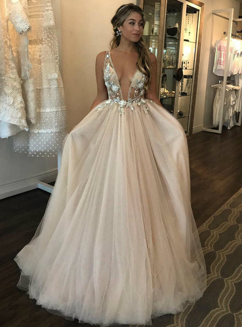 Dreamy Deep V neck Puffy Tulle Wedding Dress 3D Floral Appliques Sheer Bodice Bridal Gowns