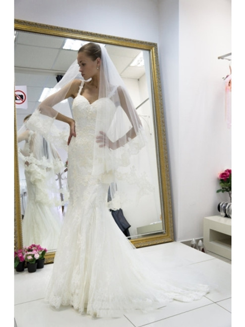 High quality Spaghetti Straps Appliques Open Back Mermaid Wedding Dress