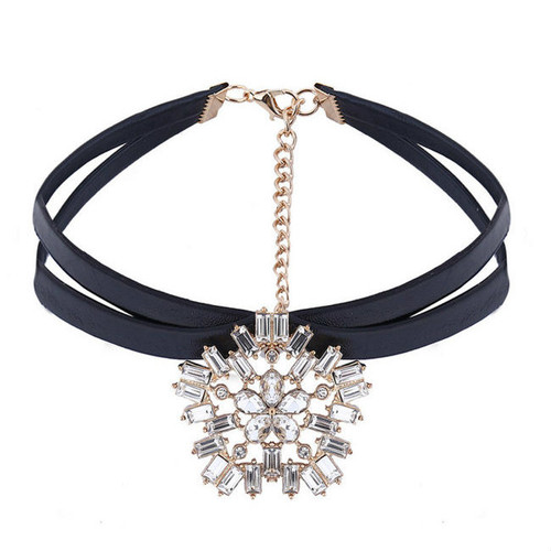 Fashion PU Flower Pendent Choker Necklace