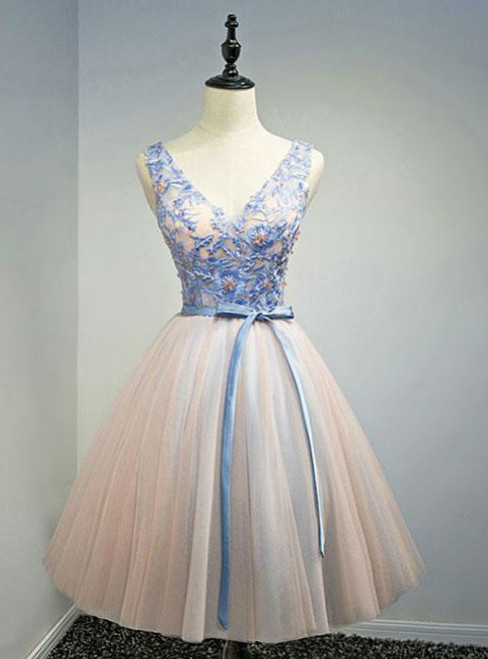 Pink V Neck Tulle Lace Appliques Short Prom Dress