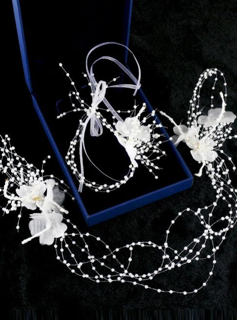 The bride wedding flower hair accessories simple sweet