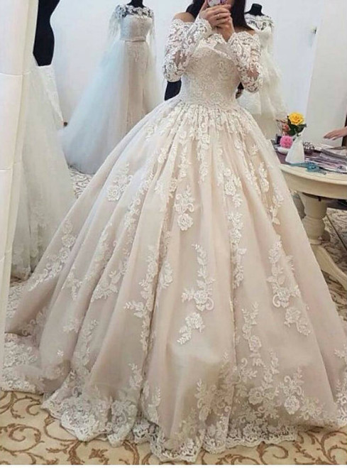 2017 Romantic Lace Wedding Dresses with Long Sleeves