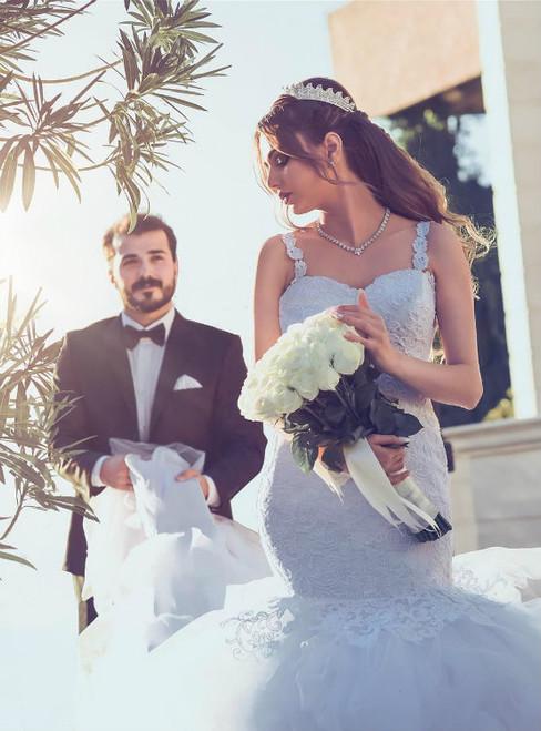 Luxury Vintage Lace Mermaid Wedding Dresses Ruffles Royal Train 2017
