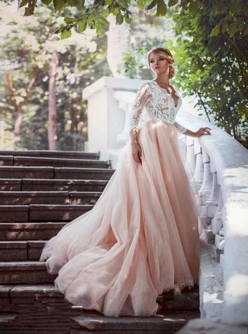 Vintage Handmade Bridal Tulle Lace V-neck Backless Wedding Gowns