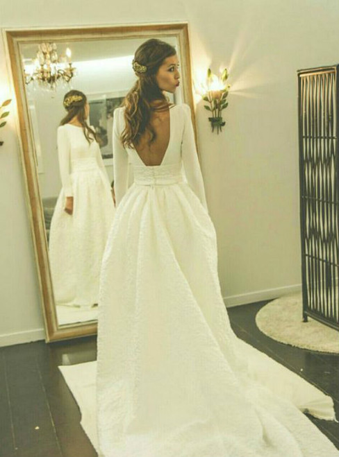 Romantic Wedding Dresses Princess Backless With Long Sleeves