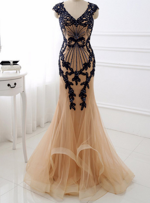 Mermaid V Neck Long Evening Dress Applique Beading Sweep Train Formal Party Gown