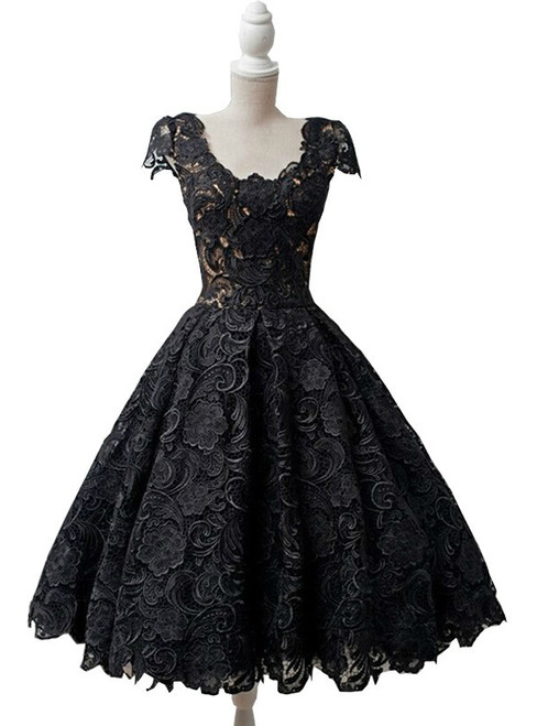 A-line Black Lace O-neck Backless Homecoming Dress