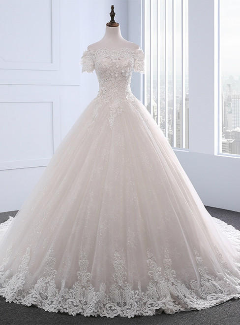 Adorable Vintage Wedding Dresses Short Sleeve With Beading Boat Neck Wedding Dress