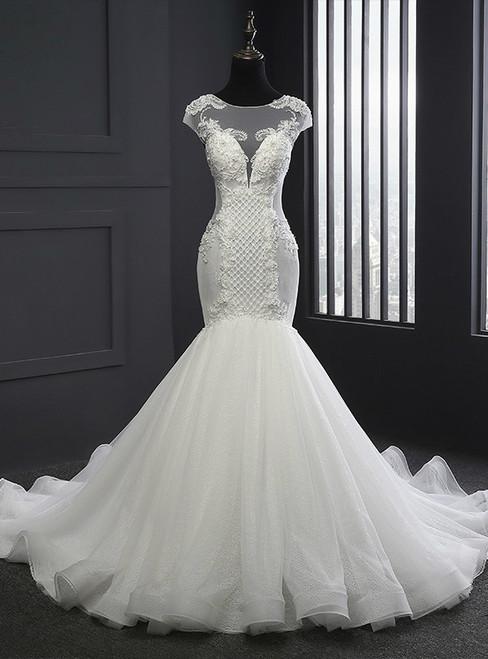 2017 Elegant Scoop Neck Wedding Dresses Mermaid Lace-up Lace Appliques Wedding Dress