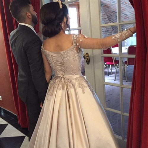 Champagne Satin Long Sleeves Ball Gowns Prom Dresses 2017