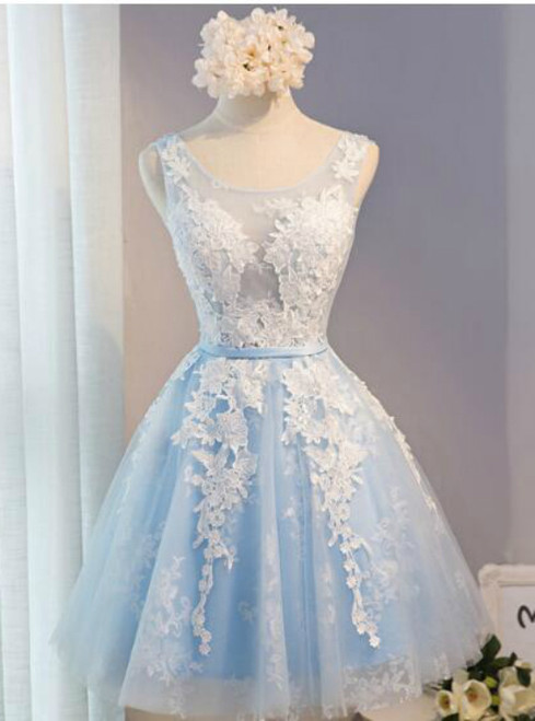 In Stock:Ship in 48 hours Blue Lace V-neck Homecoming Dress