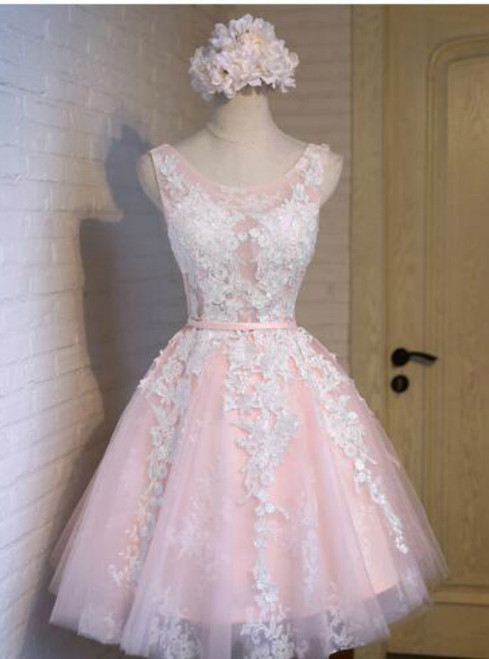 In Stock:Ship in 48 hours Pink Tulle Homecoming Dress