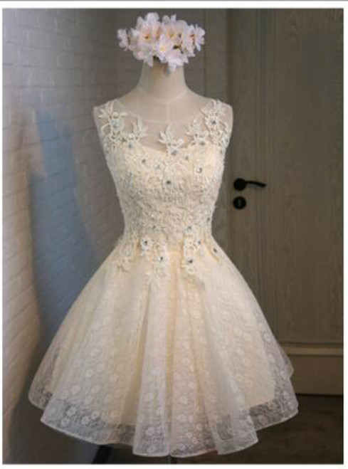 In Stock:Ship in 48 hours Yellow Lace Appliques Homecoming Dress
