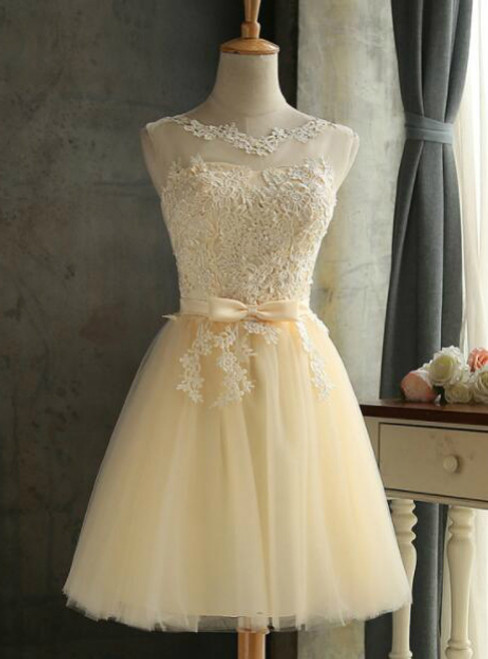 In Stock:Ship in 48 hours Yellow Short Bridesmaid Dress