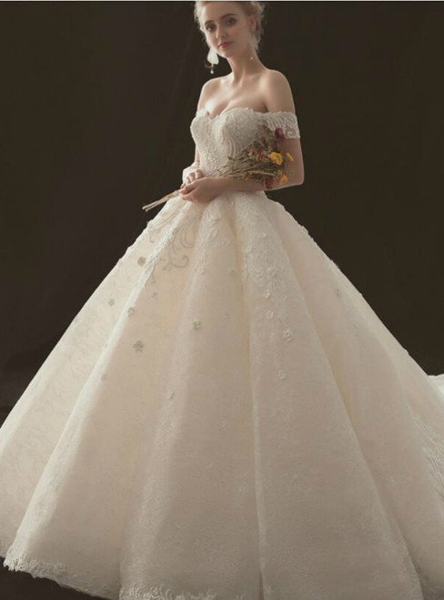 Luxury Ball Gown Off The Shoulder Tulle Haute Couture Wedding Dresses
