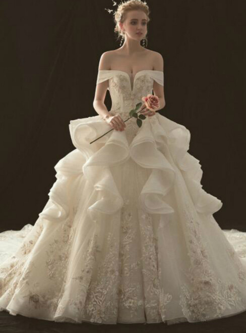 Ball Gown Off The Shoulder Tulle Appliques Haute Couture Wedding Dresses