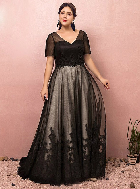 Plus Size Black V-neck Short Sleeve Prom Dress