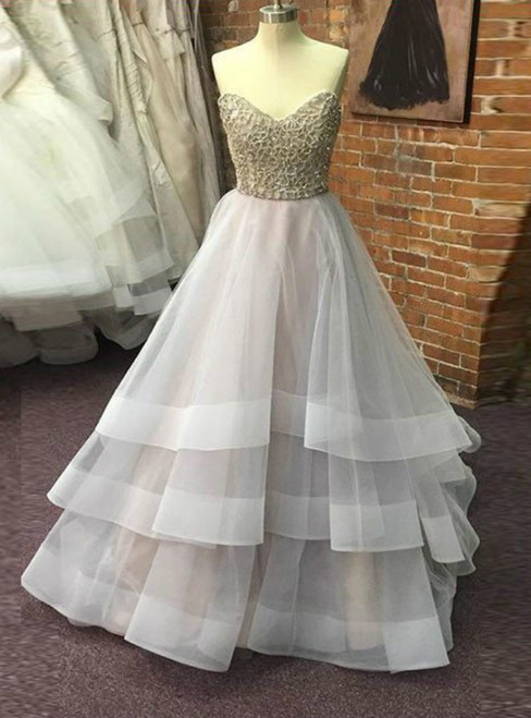 Sweetheart Sliver Beads Ball Gown Prom Dresses