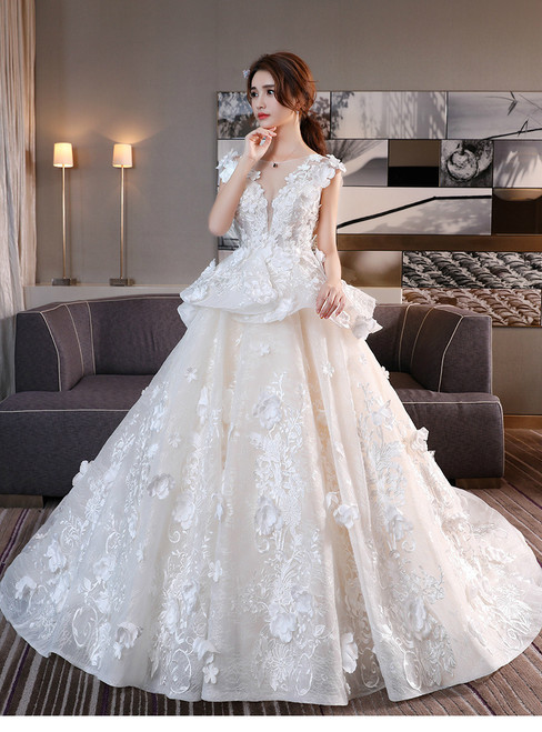 In Stock:Ship in 48 hours Ball Gown Backless Appliques Wedding Dress