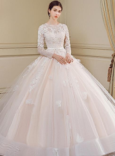 Luxury Long Sleeve Tulle Appliques Long Train Wedding Dress