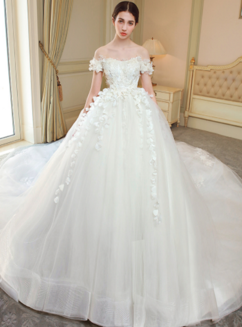 White Off The Shoulder Tulle Appliques Backless Wedding Dress